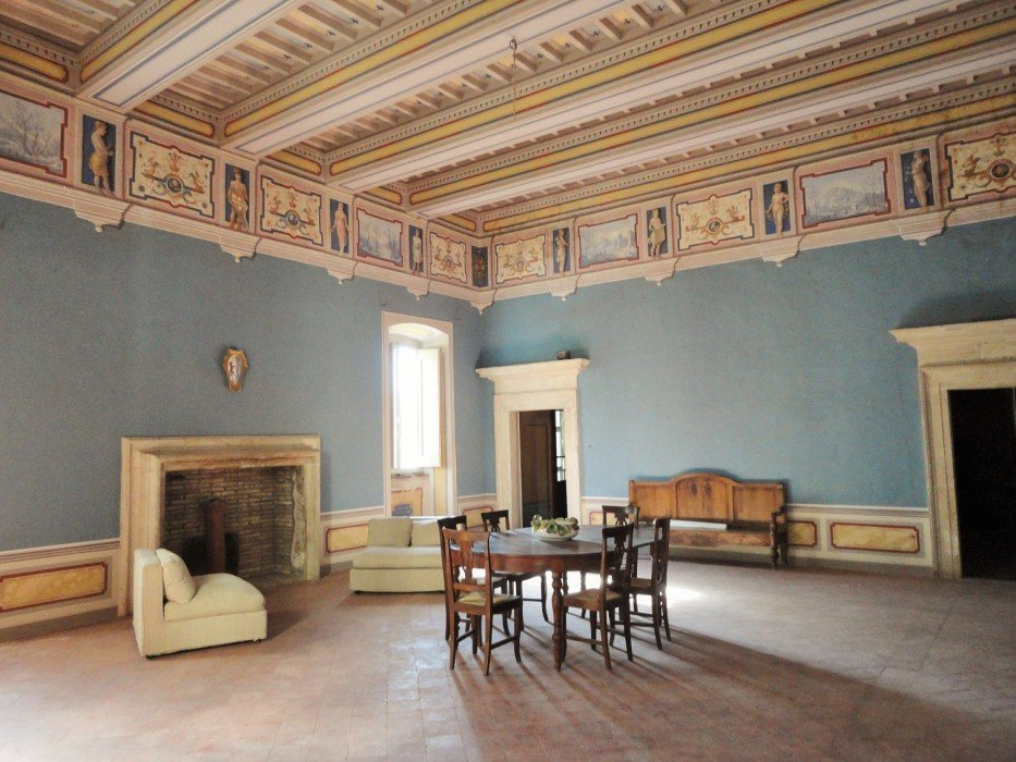 Luxury apartment for sale in Palazzo Cesi