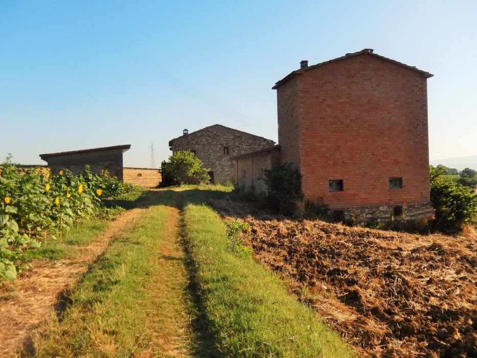 Farmhouse for sale in Umbria panoramic position