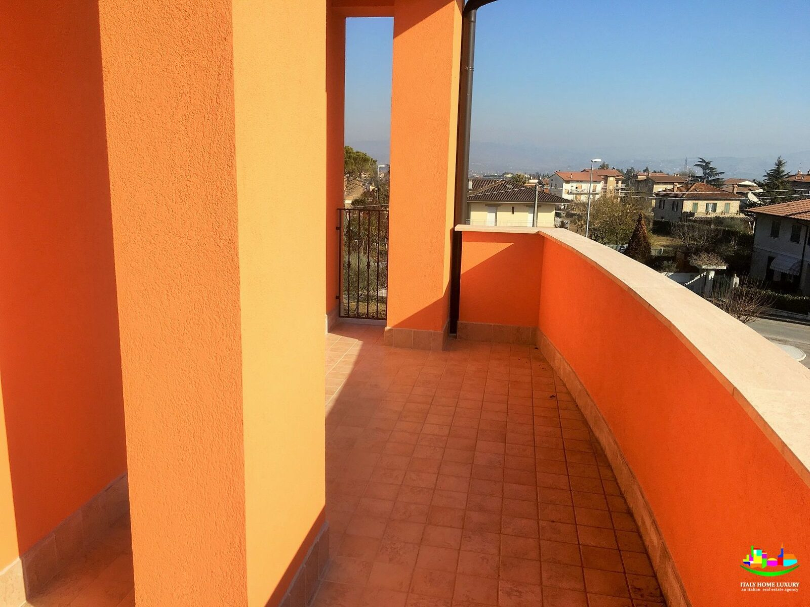 For sale new apartment with garage in Marsciano